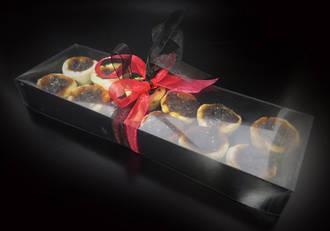 12 mini tarts - black card base with PVC lid