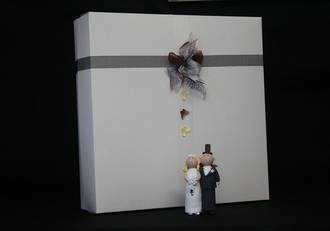 Wedding cake box with lid